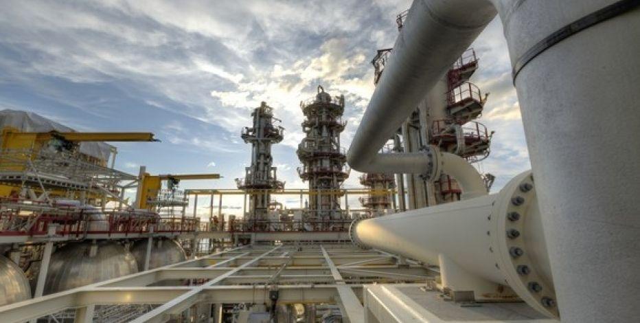 Нефть продолжает дорожать нафоне уменьшения запасов США вКушинге