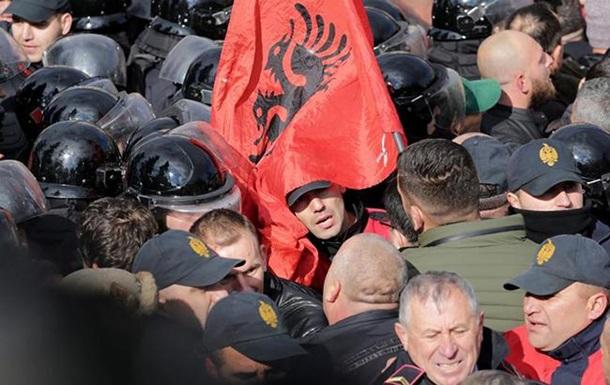Акция протеста против коррупции собрала вАлбании тысячи людей