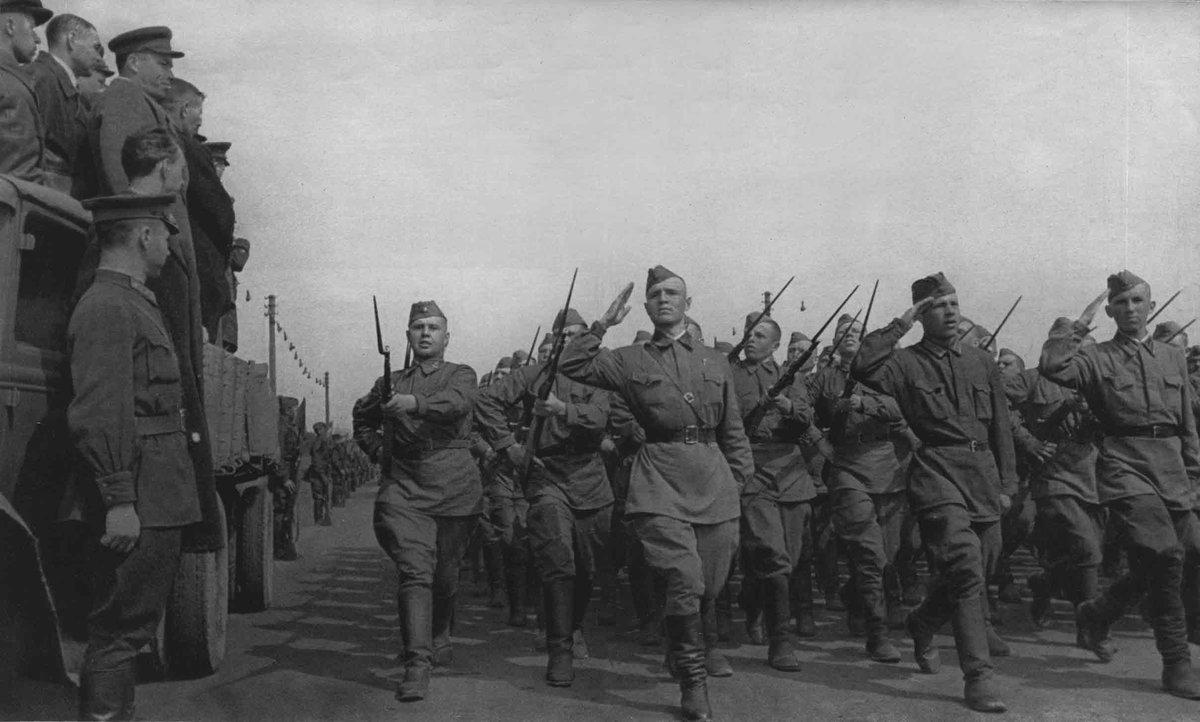 Александр Чачия: жизненно необходимо сохранить память о Великой Отечественной войне