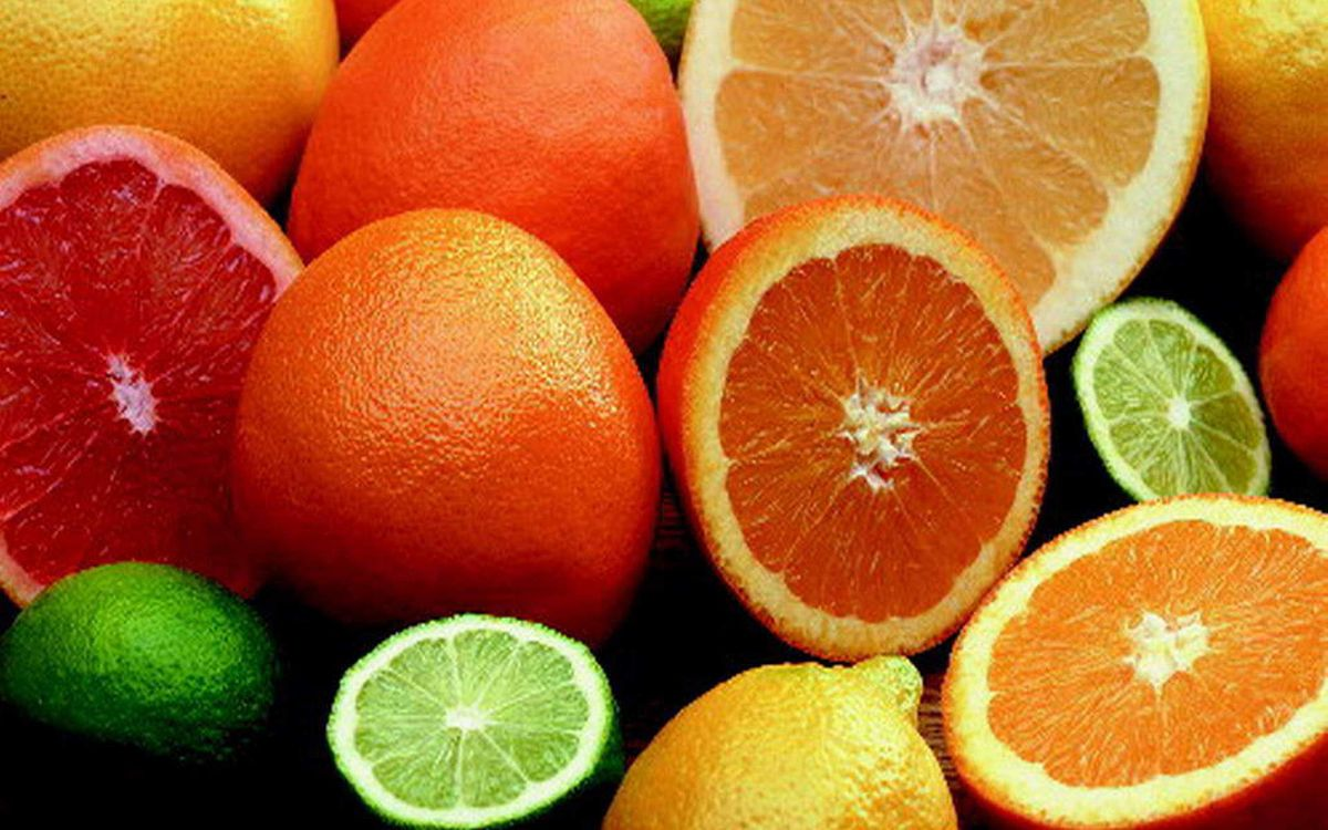 Первые партии фруктов прибыли в Крым из Сирии