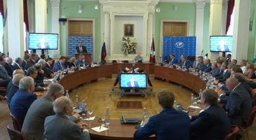 Сергей Лавров: Общение - главный инструмент в преодолении сложностей . (Видео)
