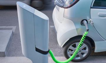Жителям Тбилиси установят бесплатные зарядные станции для электромобилей