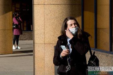 В МЧС призвали не носить маски на улице