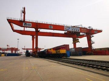 Турция намерена стать центром транзитных перевозок между Азией и Европой