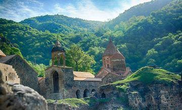 Армянское духовенство продолжаеткампанию по арменизации албанского духовного наследия