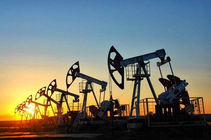 Нефть упала