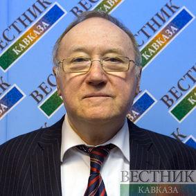 Евгений Бажанов о великой бакинке с мировым именем