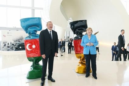 Ильхам Алиев и Ангела Меркель провели встречу с представителями деловых кругов Азербайджана (обновлено)