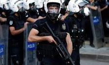 Дракой и газовой атакой закончились выборы на одном из участков в Турции