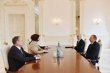 Ильхам Алиев встретился с министром экономики Латвии
