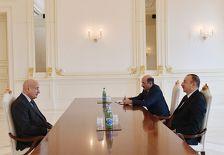 Ильхам Алиев встретился с гендиректором ИСЕСКО