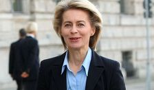 Урсула фон дер Ляйен призвала бороться с ИГ вместе