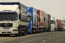 На въезде в Россию заблокированы грузовики с товарами из Турции