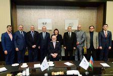 В Баку приехал президент Международного паралимпийского комитета
