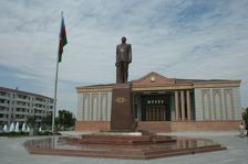 Нахичевань празднует 92-ю годовщину автономии
