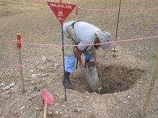 В Физулинском районе обезвредили четыре неразорвавшихся боеприпаса