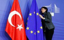Турция справляется с тремя условиями для отмены виз - ЕК