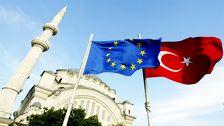 Юнкер признал выполнение Турцией большей части требований ЕС