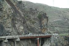 Военно-Грузинскую дорогу могут открыть лишь через три недели