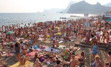 В Крыму начался пик курортного сезона