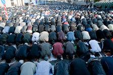 Мусульмане Москвы и Подмосковья смогут помолиться в Ураза-байрам на более 40 площадках
