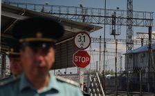 Замначальника таможни порта Кавказ поймали на взятке