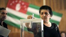 В Абхазии проходит референдум о доверии действующему президенту
