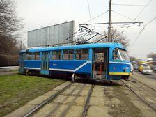В Москве трамвай сошел с рельсов, есть пострадавшие