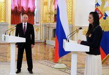 Исинбаева рассказала, как Путин отреагировал на ее слезы