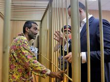 Омбудсмен Армении побеседовал с Грачьей Арутюняном в Матросский тишине
